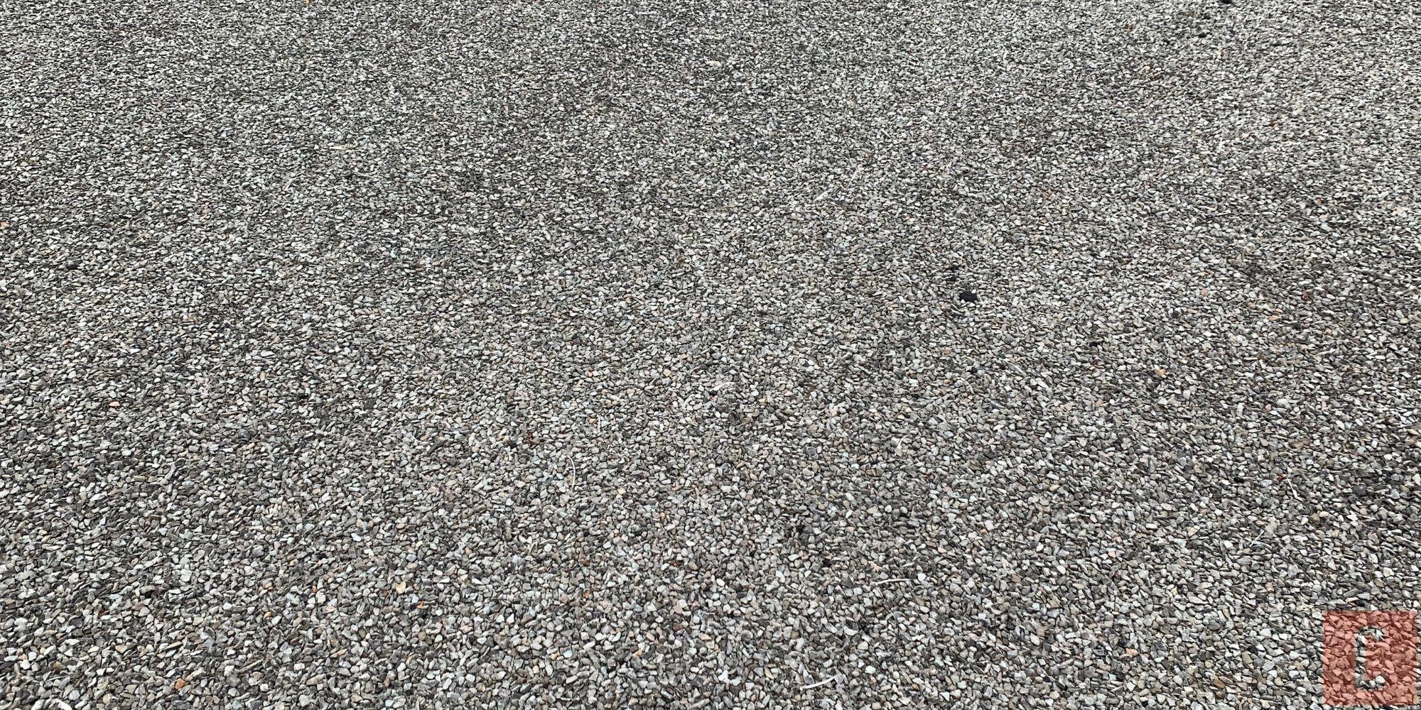 Membrane asphalte gravier pour toit plat