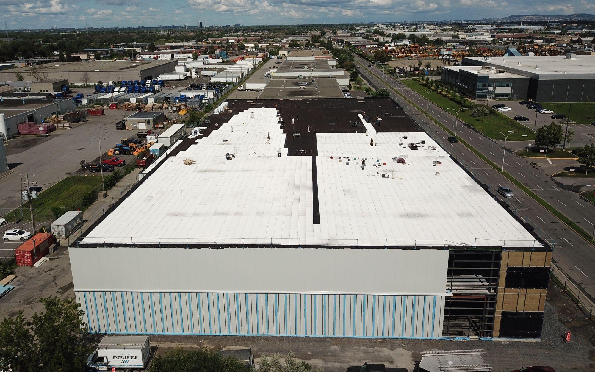 Projet Brunswick, 2020. Nous installons des toits plats de toutes les tailles.